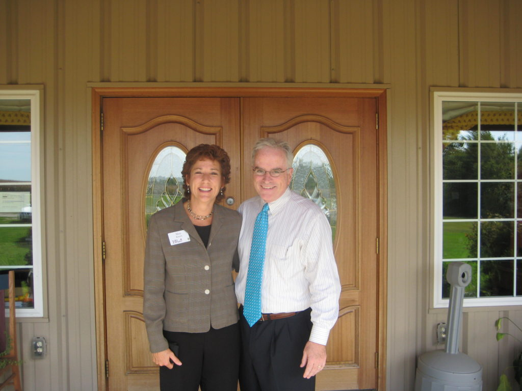 Photo of Mary Kausch & Don Eggleston